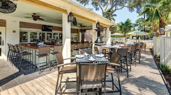 Locals and visitors enjoy dining on the patio at The Islander.
